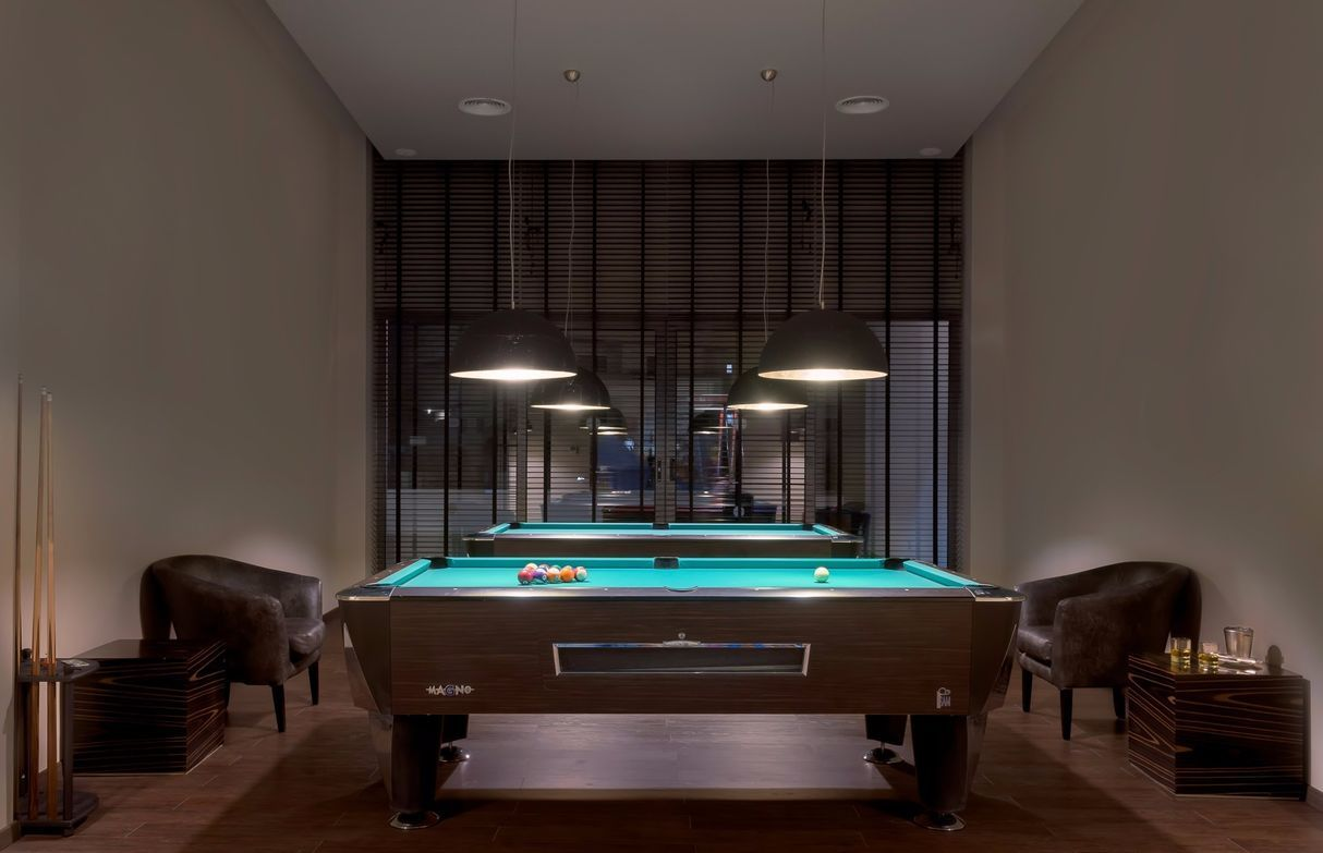 Pool_Table_Room