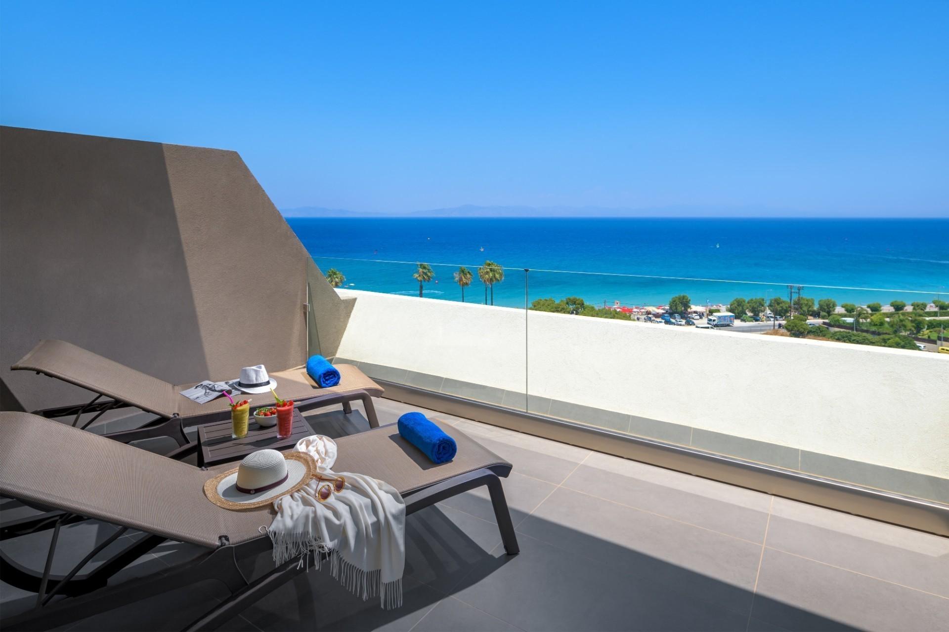 Номера люкс с видом на море | Olympic Palace Hotel