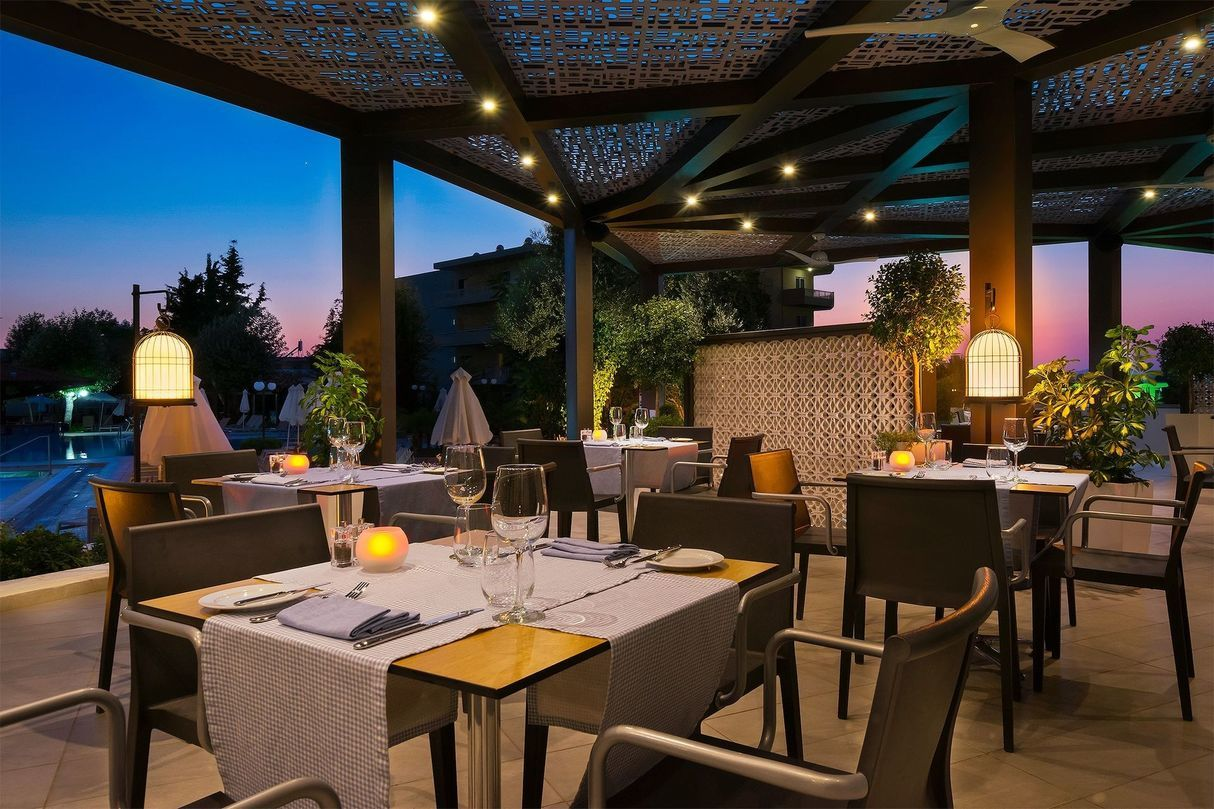 Aquamarine_a_la_carte_restaurant-1